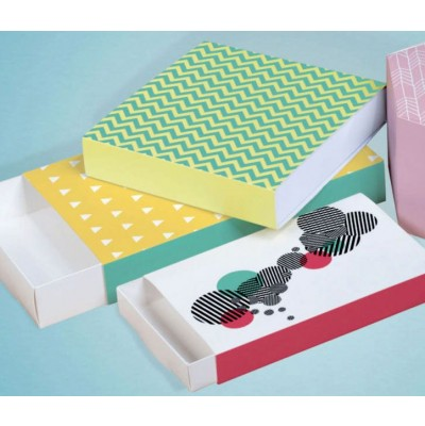 Boîte à tiroir rectangulaire ou carrée